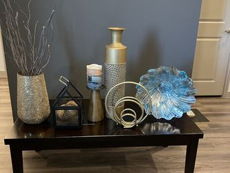 Coffee Table and Decorative Pieces for Sale in Dallas,  TX