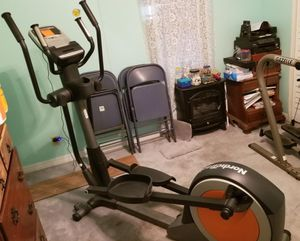 NordicTrack Elliptical for Sale in Port Richey, FL