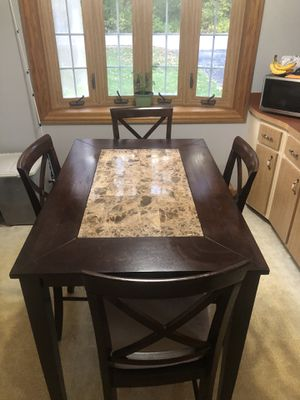 High top kitchen table for Sale in Tinley Park, IL
