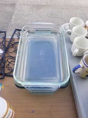 Pyrex baking dish set of 3 for Sale in Chula Vista, CA