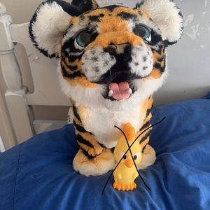 Furreal friends tyler the tiger NO TOY for Sale in Bealeton, VA