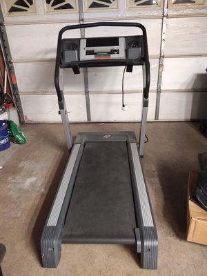 NordicTrack C2270 Treadmill for Sale in Santa Clarita, CA