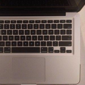 Macbook Pro 13 for Sale in Lawndale, CA