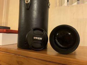 Nikon 80-200 mm lense with case, cap and uv filter for Sale in Los Angeles, CA