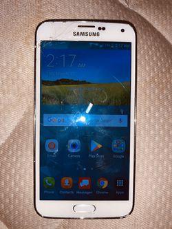 Samsung galaxy S5 for Sale in Wichita,  KS