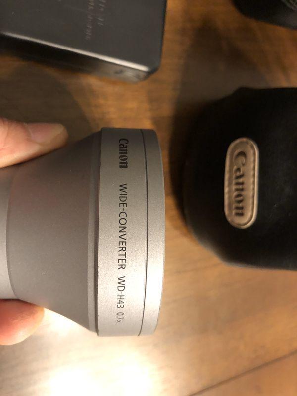 Cannon Vixia HFR700 Camcorder