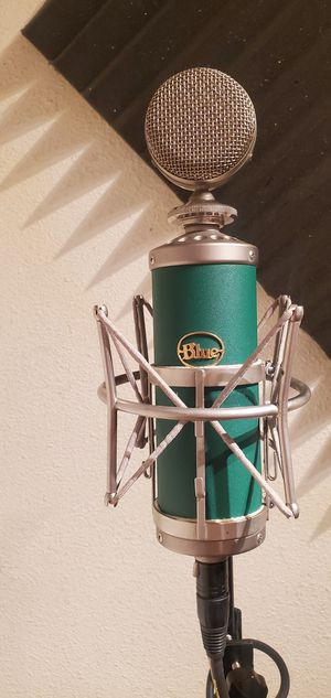 Blue Kiwi microphone for Sale in Rosemead, CA