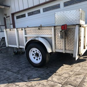 2004, Aztec 5'x8' utility trailer, size 2 ball Permanent plates Pink slip in hand for Sale in Garden Grove, CA