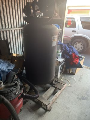 Stand up large air compressor for Sale in St. Petersburg, FL
