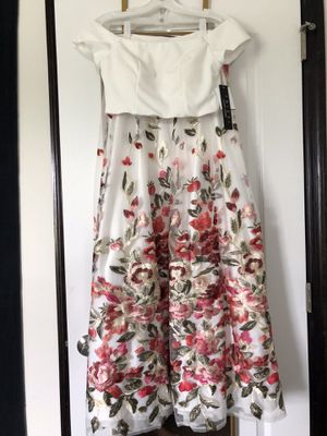 Floral Formal/ Prom Dress for Sale in Lewisburg, PA