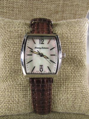 Beautiful Tommy Bahama Island Heritage Mother of Pearl Women's Watch - TB2121. for Sale in North Palm Beach, FL