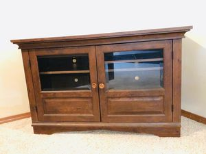 Tv console table for Sale in Port Orchard, WA