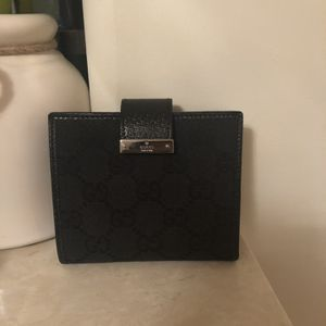 NEW!! AUTHENTIC GUCCI WALLET for Sale in Pasadena, CA