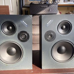 Set of Alesis Monitor Two Studio Reference Monitor for Sale in Baker, FL