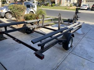 18ft pontoon 20ft trailer for Sale in Patterson, CA