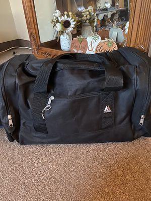 Everest duffle bag for Sale in Agawam, MA