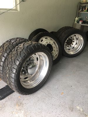 """24"""" dually wheels for Sale in Riverview, FL"""