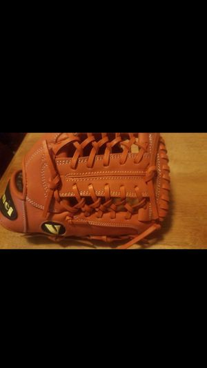 Vinci Pro Limited Series orange Baseball Glove for Sale in Whittier, CA