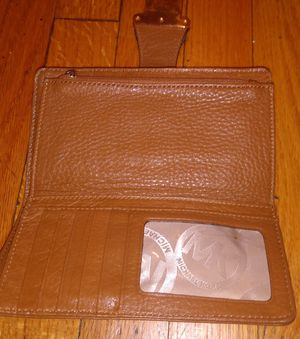 MK Wallet (Michael Kors) $20 for Sale in Chicago, IL