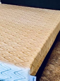 Nest Bedding Live And Sleep Queen Size Mattress (mattress Only) for Sale in Seattle,  WA