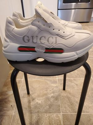 Gucci women's leather sneakers for Sale in San Diego, CA
