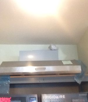 New open box kitchen aid range hood for Sale in Hawthorne, CA
