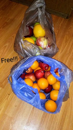 Free fresh fruit for Sale in Mount Vernon, WA