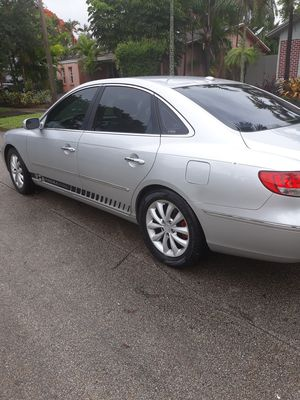 Hyundai Azera Limited for Sale in Pembroke Pines, FL