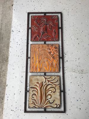 Metal wall decor for Sale in Aurora, OH
