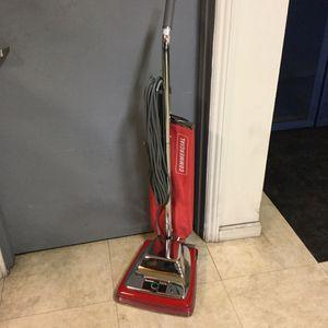 Sanitaire Commercial Vacuum Model SC886 for Sale in Ontario, CA