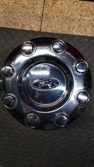 2015 F350 Dually rear Hub cap for Sale in MIDDLEBRG HTS, OH