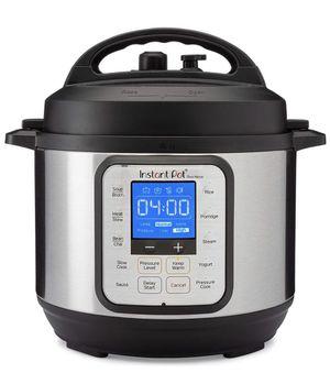 Instant Pot Due 7 in 1 6Qt for Sale in Baltimore, MD