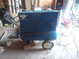 Nice air compressor for Sale in Cherryville, MO