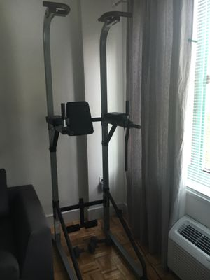 Exercise tower for Sale in Jersey City, NJ