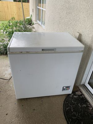 Small (But Mighty) Chest Freezer for Sale in Deltona, FL