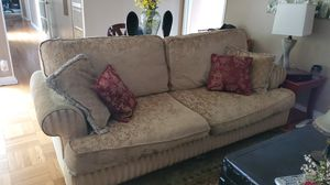 Couch, love seat and pillows. for Sale in Alhambra, CA