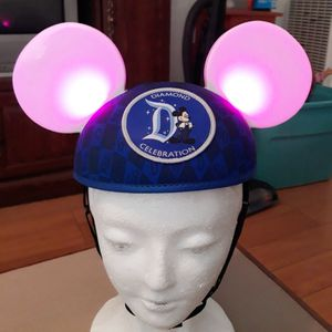 Disney parks Mickey mouse Diamond edition Lighted Ears/hat I'm In (Fontana) Message Only When Ready To Pick Up for Sale in Fontana, CA