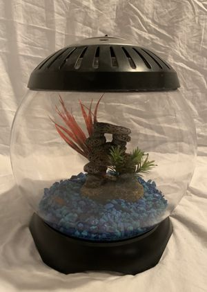 Fish tank for Sale in Maple Valley, WA