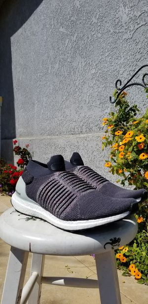 Authentic Adidas Ultraboost laceless for Sale in Fresno, CA