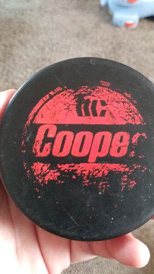 Hockey puck from 2010 detroit redwings vs chicago blackhawks game for Sale in Woodhaven, MI