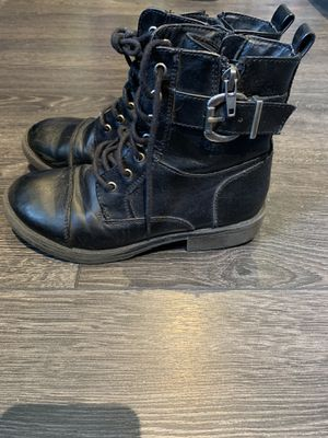 Girls combat boots size 2Y for Sale in Anaheim, CA