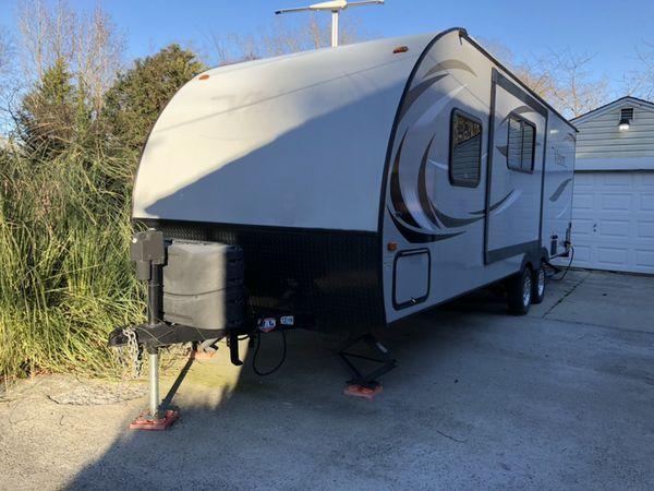 2016 Vision M-V23BHS 23 foot RV Camper with slide out