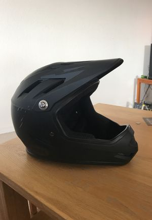 Never Worn Bell full faced helmet. Size Large ( 6 7/8th-7 3/8th) for Sale in Chelan, WA