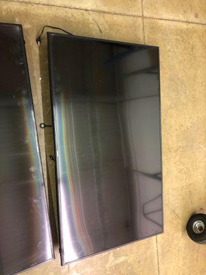 Samsung Smart TV 66'' for Sale in IL, US