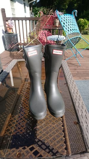 HUNTER RAIN BOOTS • Womens 7 • BRAND NEW for Sale in SeaTac, WA
