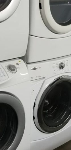 Huge Sale store full of nice reconditioned refrigerator washer dryer stove stackable+financing available and free warranty 90 days.🐠 for Sale in Des Moines,  WA