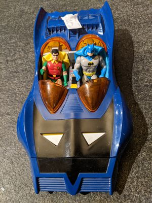 Rare vintage 1984 Kenner Super Powers Batmobile W/ Batman and Robin action figures for Sale in Sammamish, WA