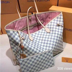 Louis Vuitton for Sale in Florissant, MO