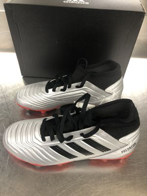 60$ NEW ADIDAS PREDATOR 19.3 SOCCER ⚽️ CLEATS SIZES-4.5/5.5 YOUTH for Sale in Jessup, MD