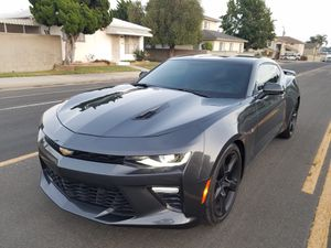 Chevy camaro 2018 2ss for Sale in Los Angeles, CA